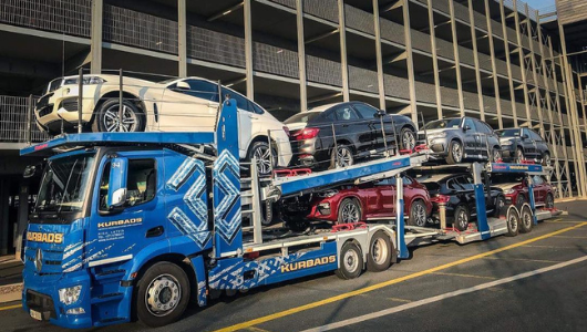autojen kuljetus avoimella autonkuljetuskal stolla